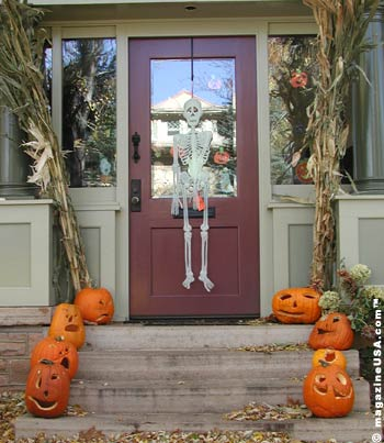 Travel &amp Explore USA US Inside/Background The - Halloween Decorations Usa