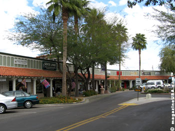 Scottsdale ArtWalk is much like a large, easy-going open house for the Scottsdale Arts District