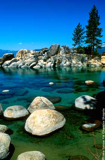 Crystal clear waters of Lake Tahoe at Sand Harbor