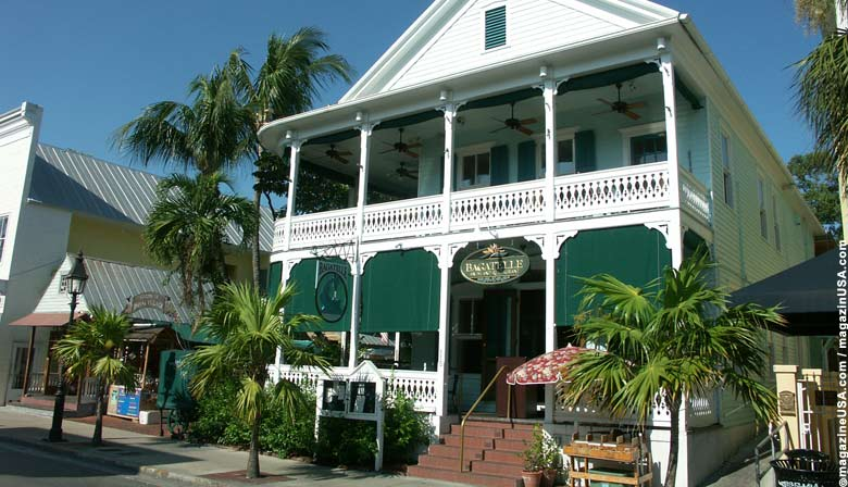Travel explore usa key west florida key west in a for Key west architecture style