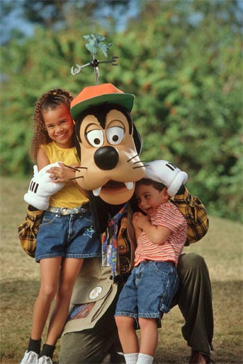 Goofy and his guests in Disney's Animal Kingdom