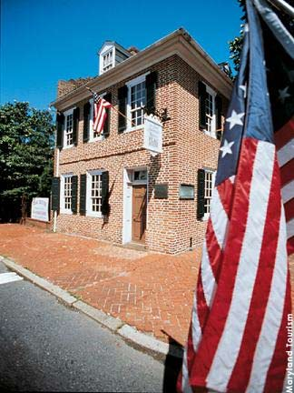 Star-Spangled Banner Flag House – The 1793 home of Mary Pickersgill, the woman who sewed the flag that inspired Francis Scott Key to write the Star-Spangled Banner in honor of the flag that flew over Fort McHenry during the War of 1812.