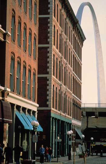 Laclede's Landing, a nine-block historic district along the Mississippi River, where music clubs, restaurants, and shops welcome visitors