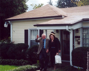 Andy and Cindy Griffith visit Andy's childhood home in Mount Airy NC.