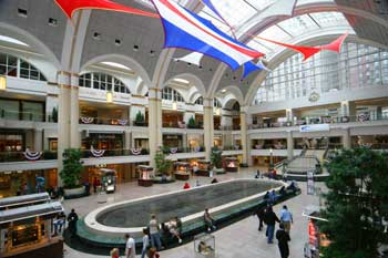 Shopping Mall in downtown Cleveland