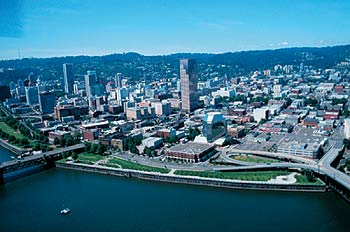 Gov. Tom McCall Waterfront Park
